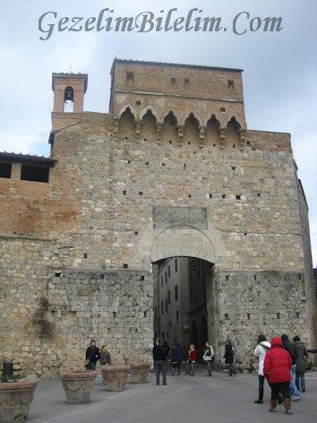 san gimignano,giriş,surlar,kale,italya,toscana