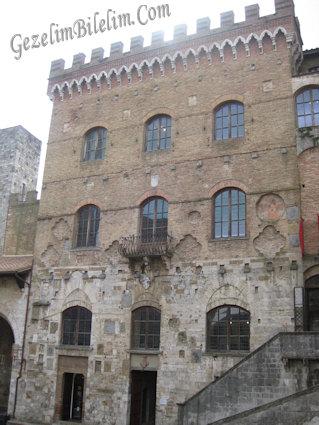 san gimignano,palazzo del popolo,italya,toscana